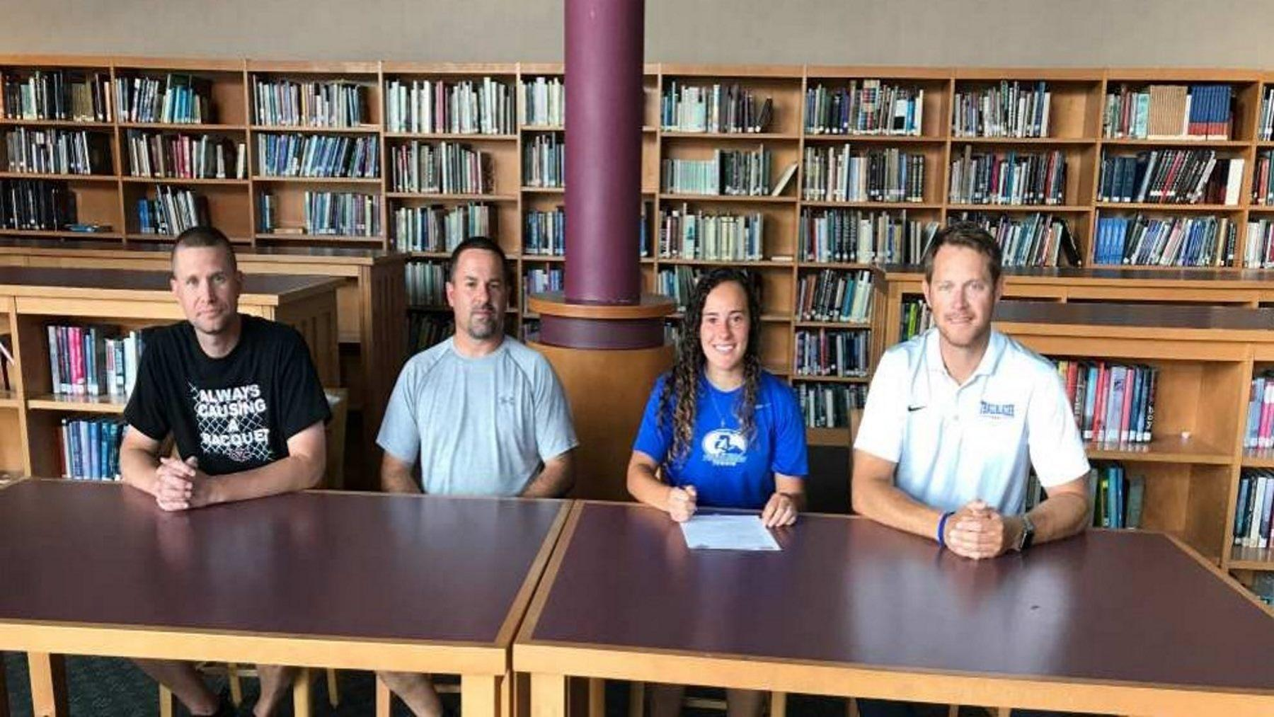 Tennis Program Signs Jerika Smith